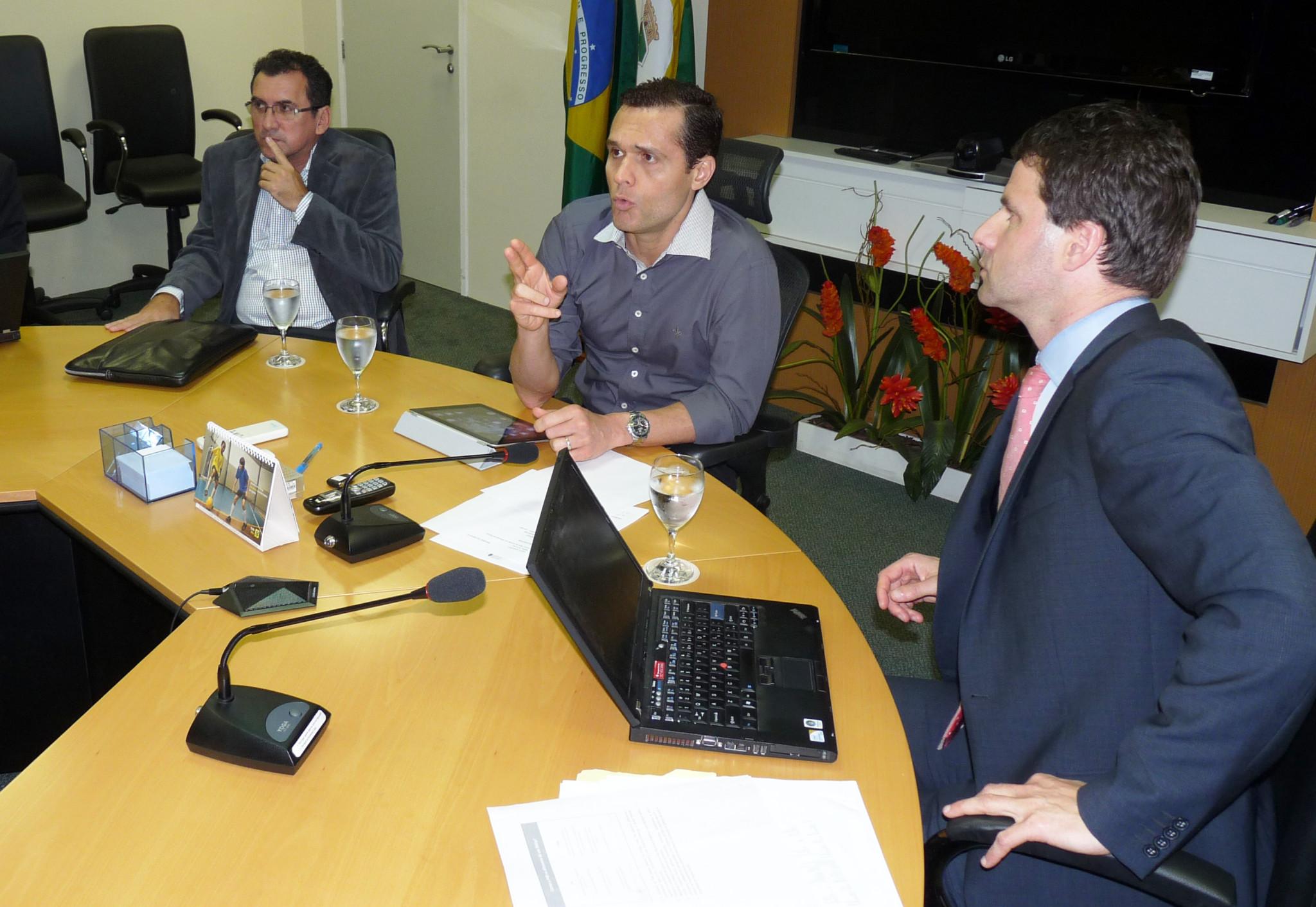 23-05-2012 - Reunião Swap (Banco Mundial) - Sala de Reunião Seplag (35)