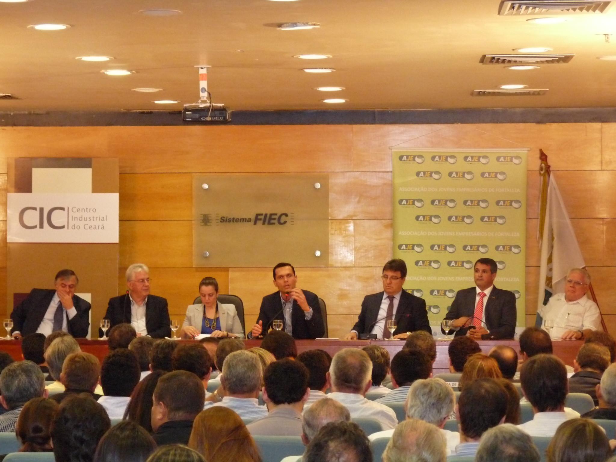 24-04-2012 - Debate sobre Refinaria ( CIC )- FIEC (45)