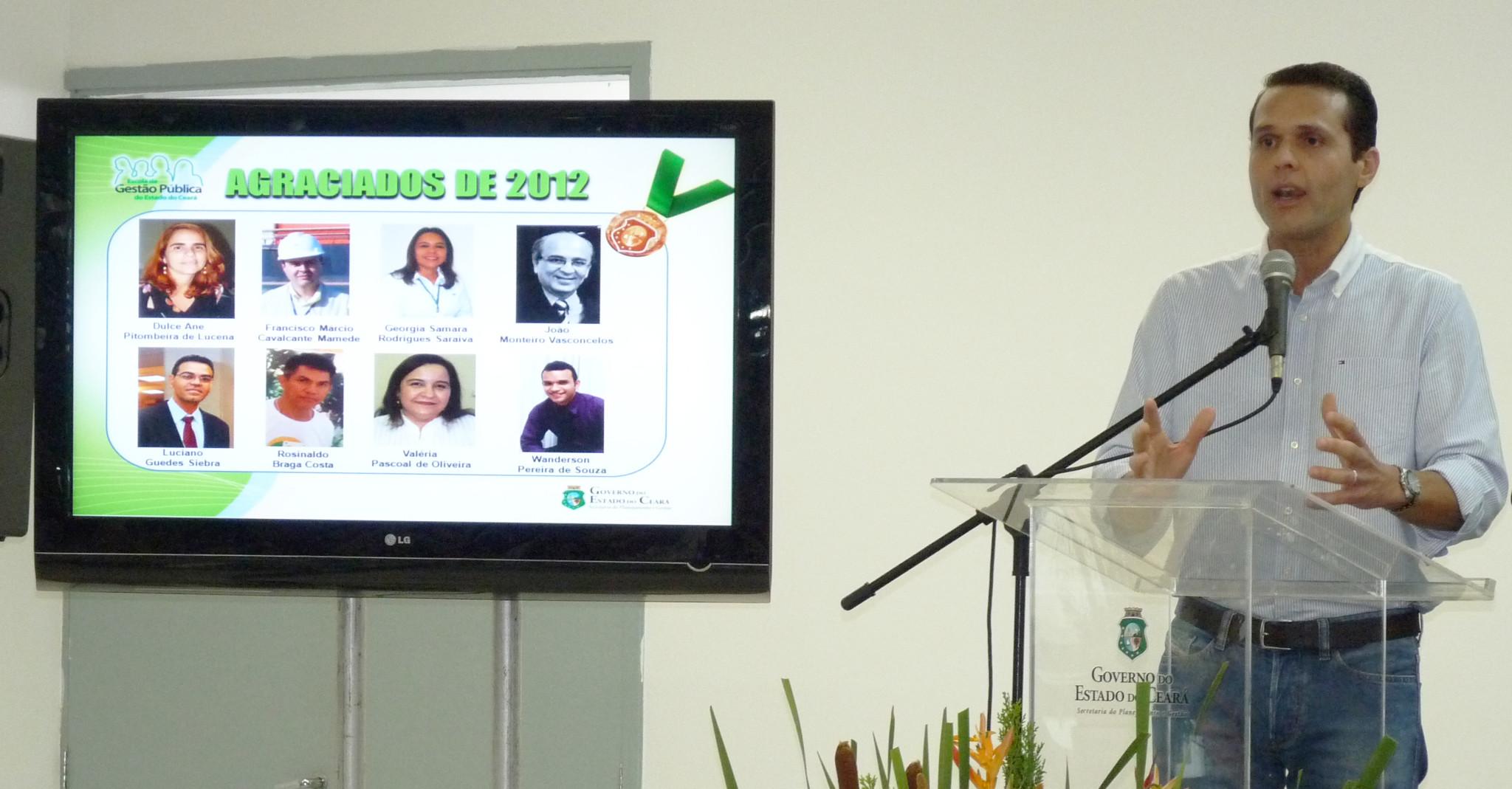 25-10-2012 - Medalha do Mérito Funcional 2012 - Centro de Convivência do Servidor Público (6)