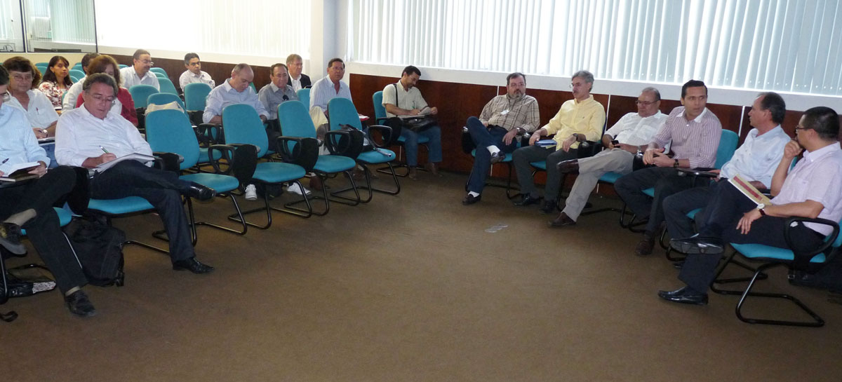 Governo e FIDA debatem Projeto Paulo Freire