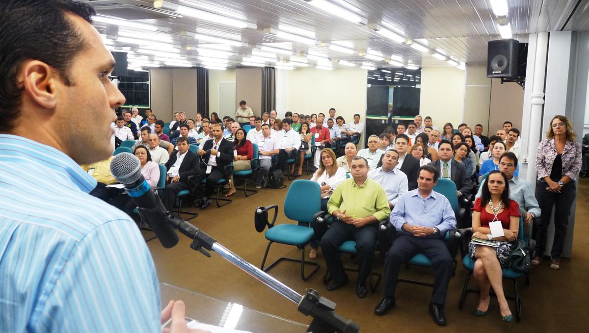 Secretário da Seplag convoca fornecedores a fortalecer aliança