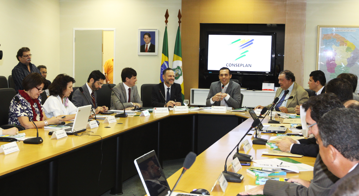 Secretário da Seplag destaca compromissos do BNDES com o Nordeste