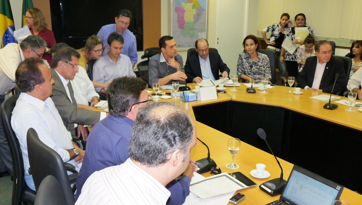 Secretários preparam proposta da operação SWApIII