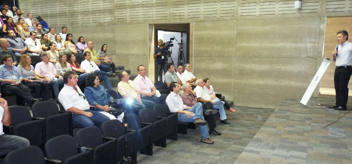 Setor agropecuário visita obras do Estádio Castelão-1