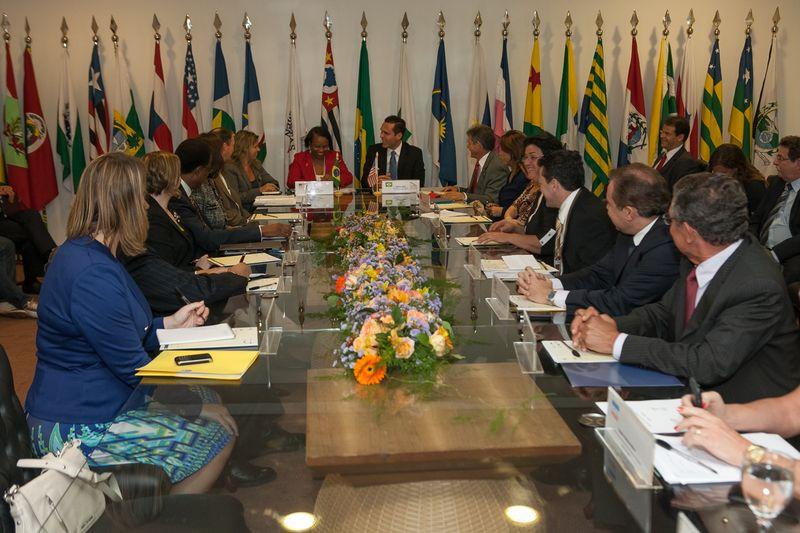 Presidente do CONSAD recebe visita de representante dos EUA