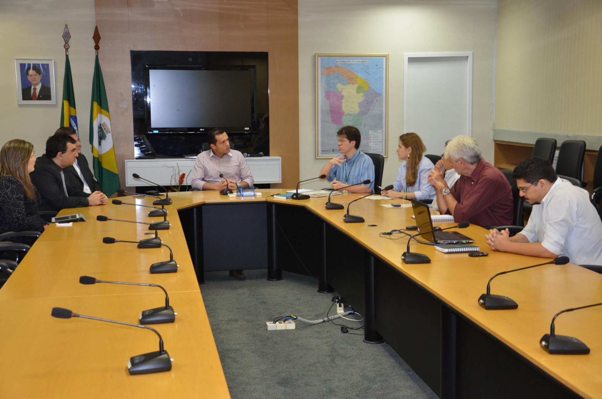 SEPLAG e PGE debatem compensação previdenciária