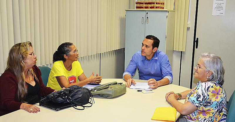 16-01-2014 - reunio nova diretoria da fuaspec ritinha eliene ana maria e daniele 7-internet