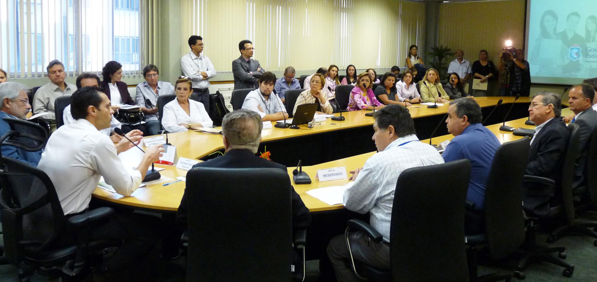 21-09-2011 - Programa de Estágio do Governo do Ceará - Sala de Reunião (2)