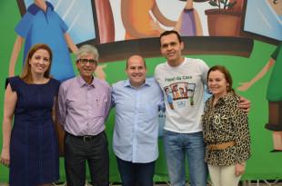 Juíza Mirian Mota, desembargador Gerardo Brígido, prefeito Roberto Cláudio, secretário Eduardo Diogo e a liquidante da Cohab, Vilani Falcão