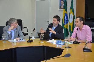 Roland Clarke, especialista do Bird, Tom Kenyon, gerente geral do PforR Ceará, e Eduardo Diogo, secretário da SEPLAG