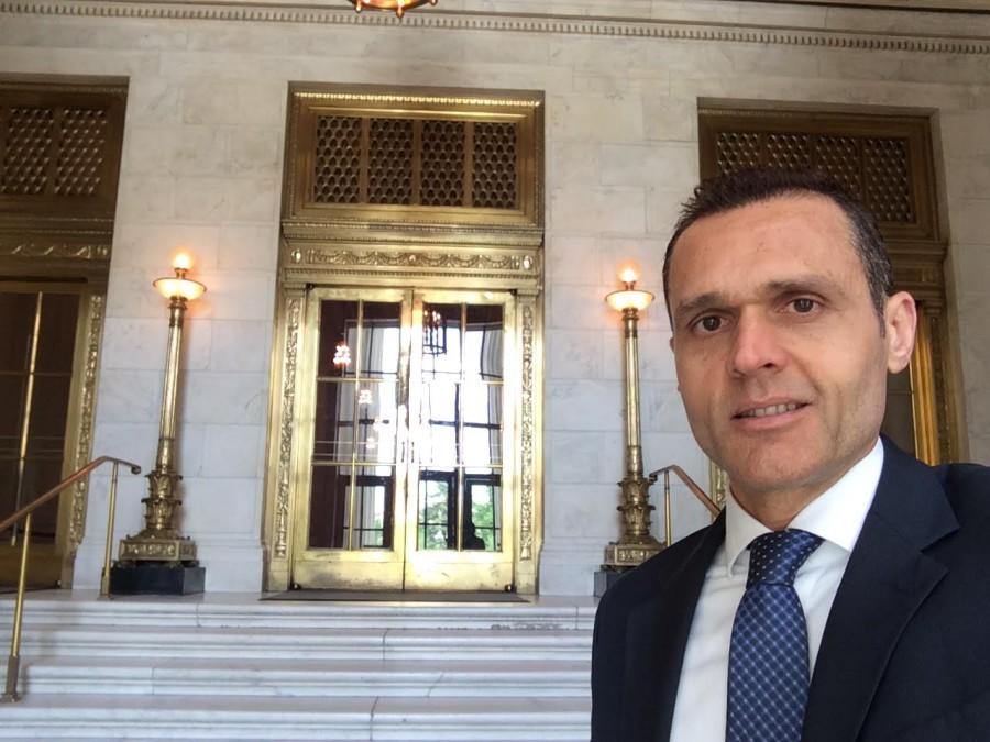 Foto 3. Entrada Principal para acesso ao Great Hall da Suprema Corte - sede do Poder Judiciário.