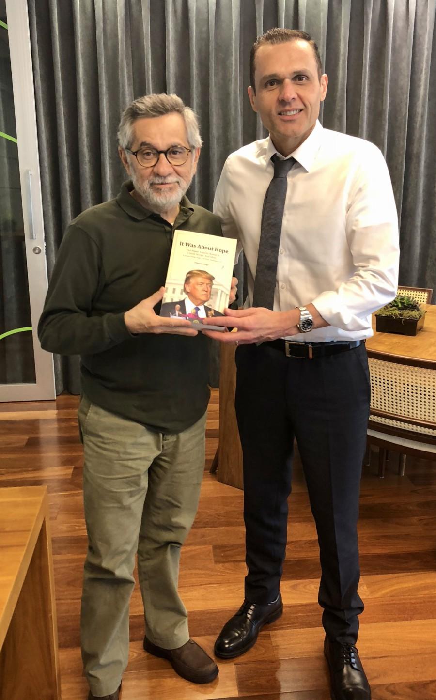 Com o ex-Ministro do Planejamento, Orçamento e Gestão, Martus Tavares *** With the former Minister of Planning, Budget and Management of Brazil, Martus Tavares