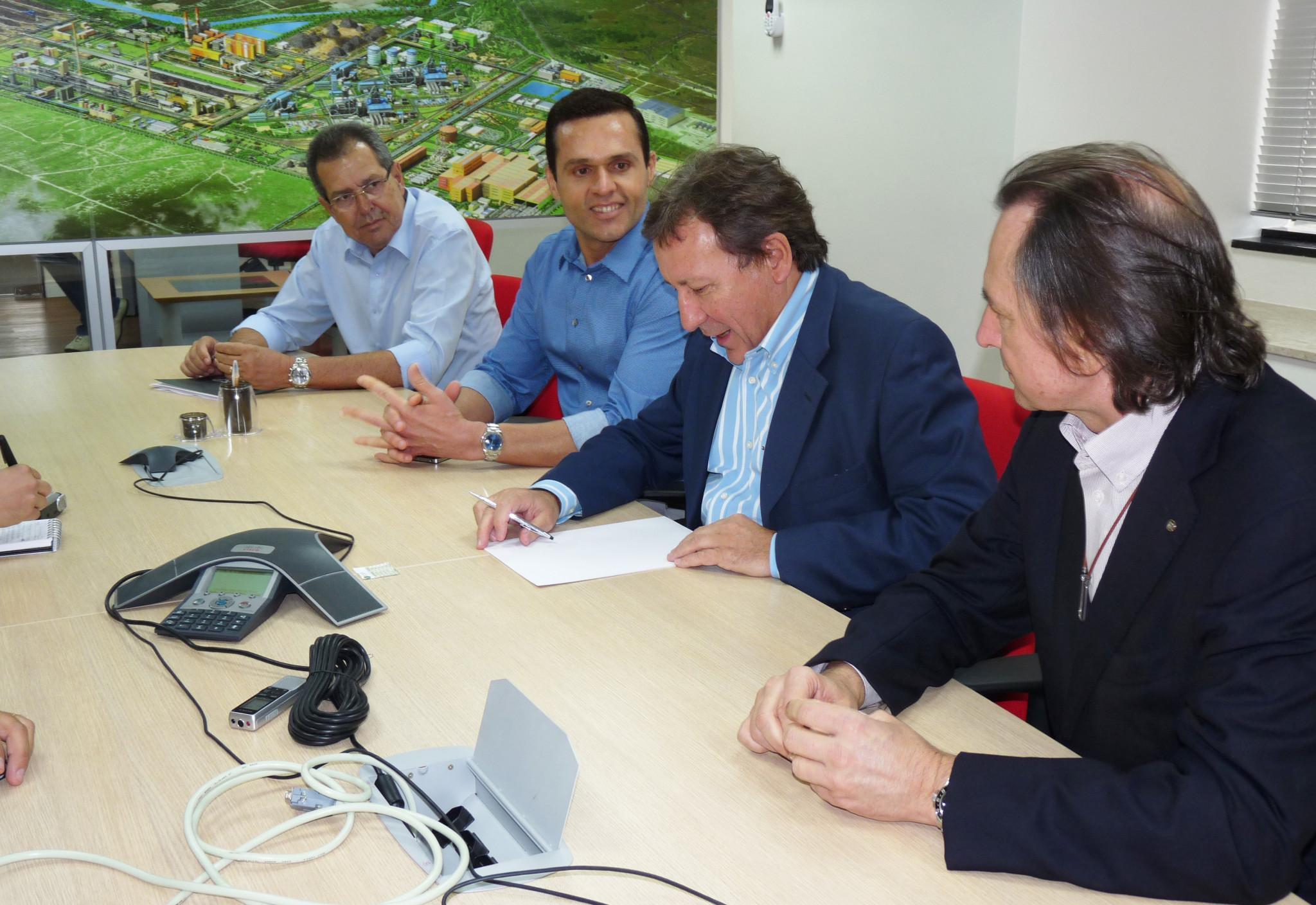 Secretário faz visita ao escritório da CSP em Fortaleza