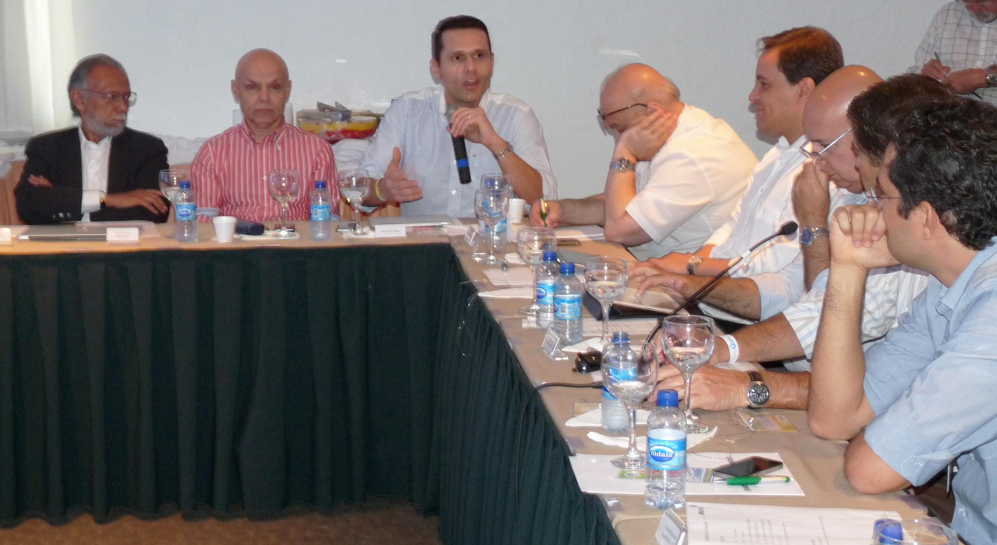 Secretário tem encontro com empresários de turismo
