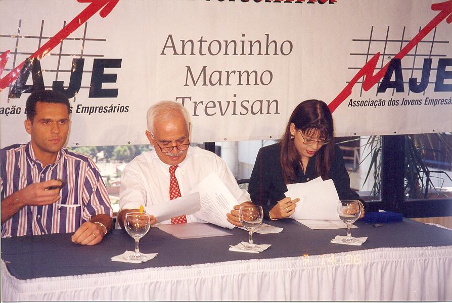 Confraternização de Natal da AJE Fortaleza no Hotel Caezar Park com Antoninho Marmo Trevisan