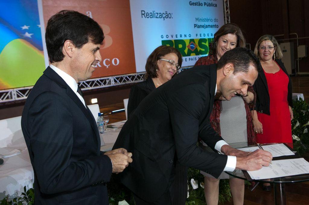Secretário e ministras participam do lançamento da Agenda de Gestão