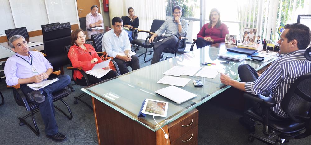 """5.985 famílias já entregaram documentação do """"Papel da Casa"""""""