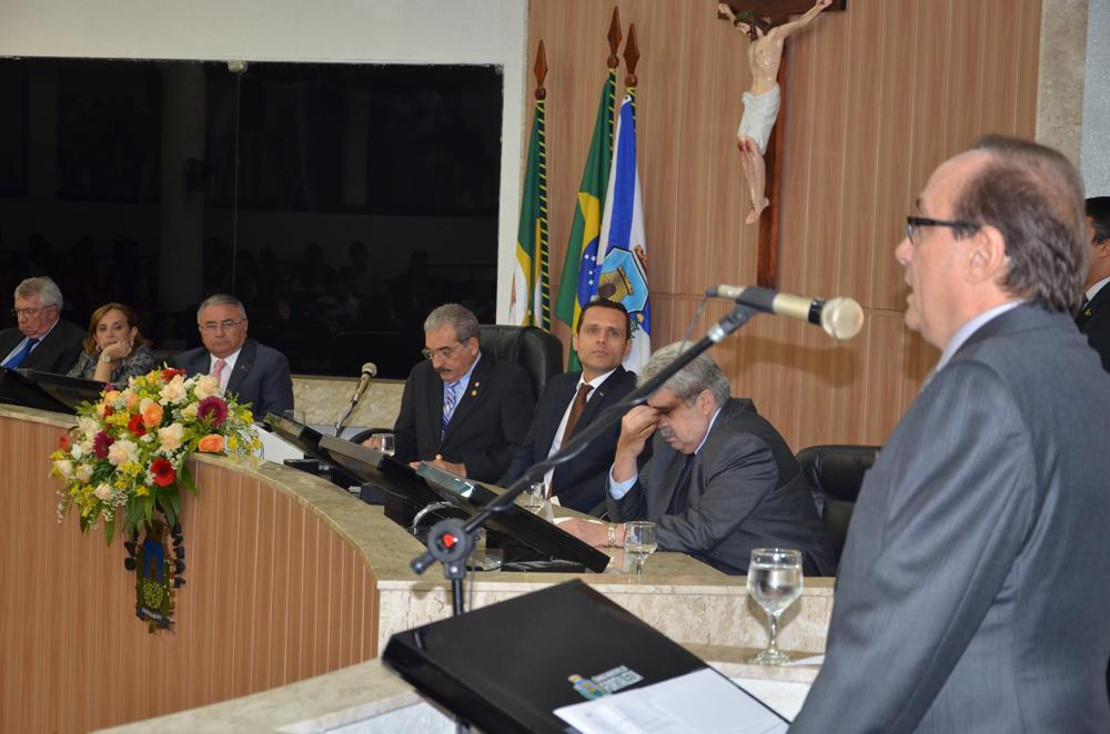 Entrega da Medalha Boticário Ferreira a Tin Gomes