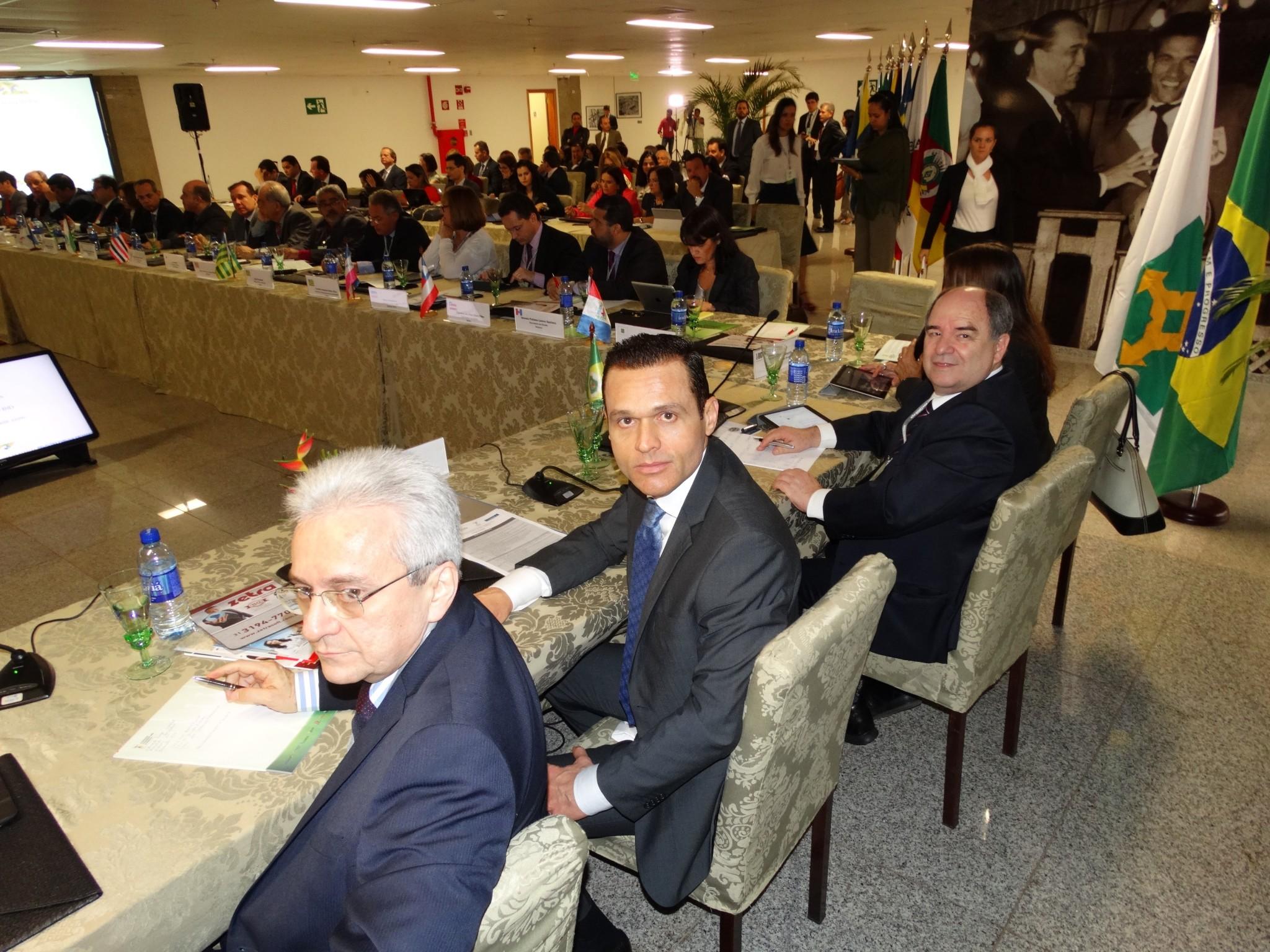 Fórum conjunto debate situação financeira dos estados