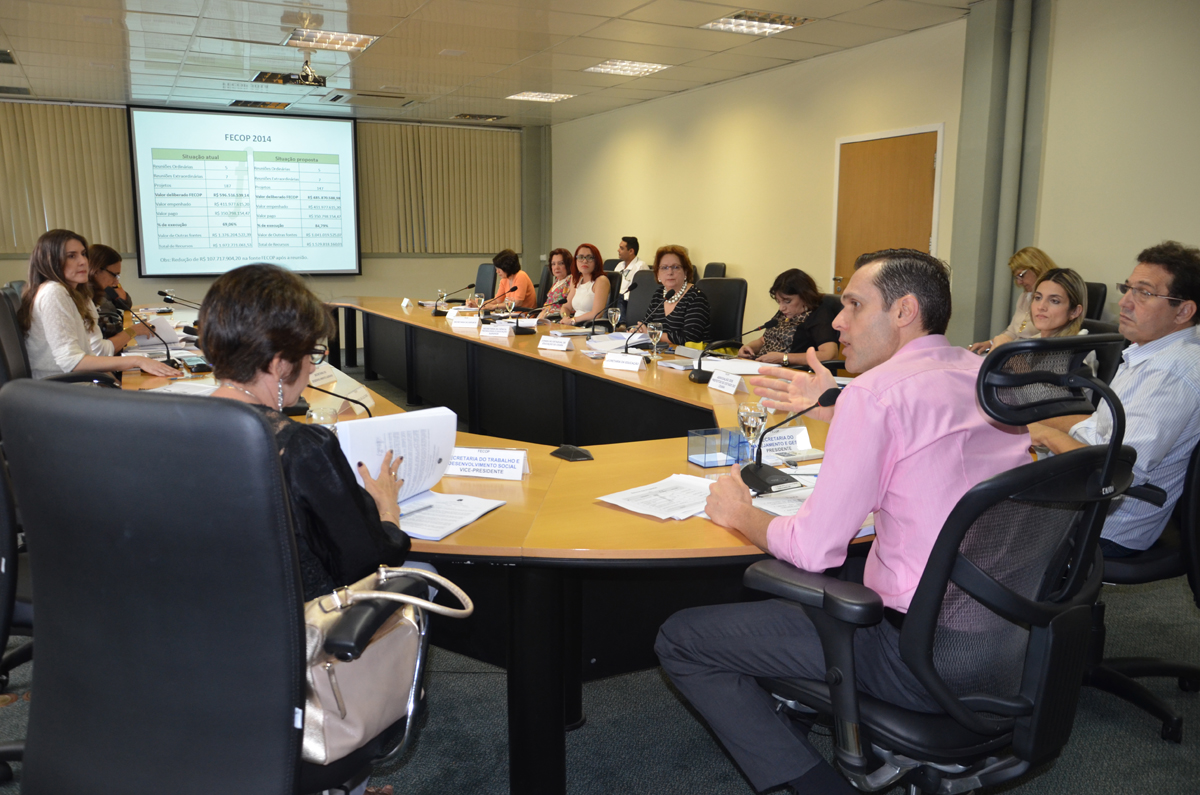 Conselho do Fecop realiza última reunião presencial de 2014