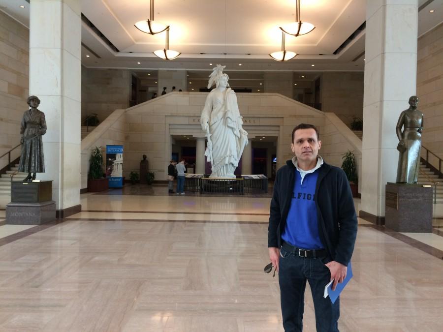 Foto 8. The Statue of Freedom, localizada no Emancipation Hall, no centro entre a Câmara dos Deputados e o Senado Federal. O Congresso Nacional (U.S. Capitol), é a sede do Poder Legislativo.