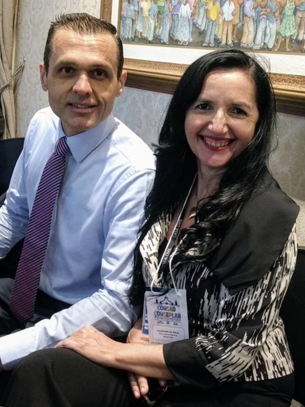 Com Leuzinete Pereira, d