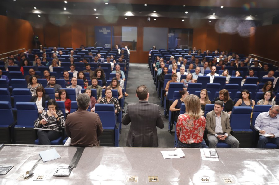 2019 04 26 - Reunião com os colaboradores da DAF (8)