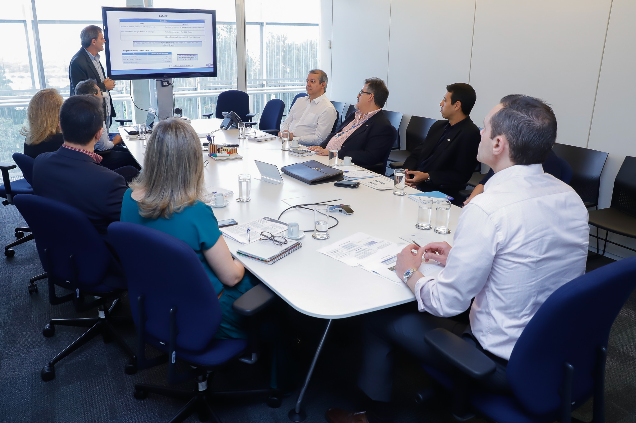 Reunião sobre o Fundo de Aval às Micro e Pequenas Empresas (FAMPE)