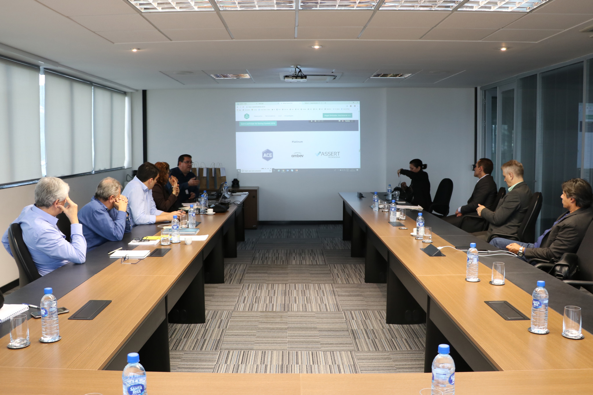 Reunião com os gerentes da DAF do Sebrae Santa Catarina