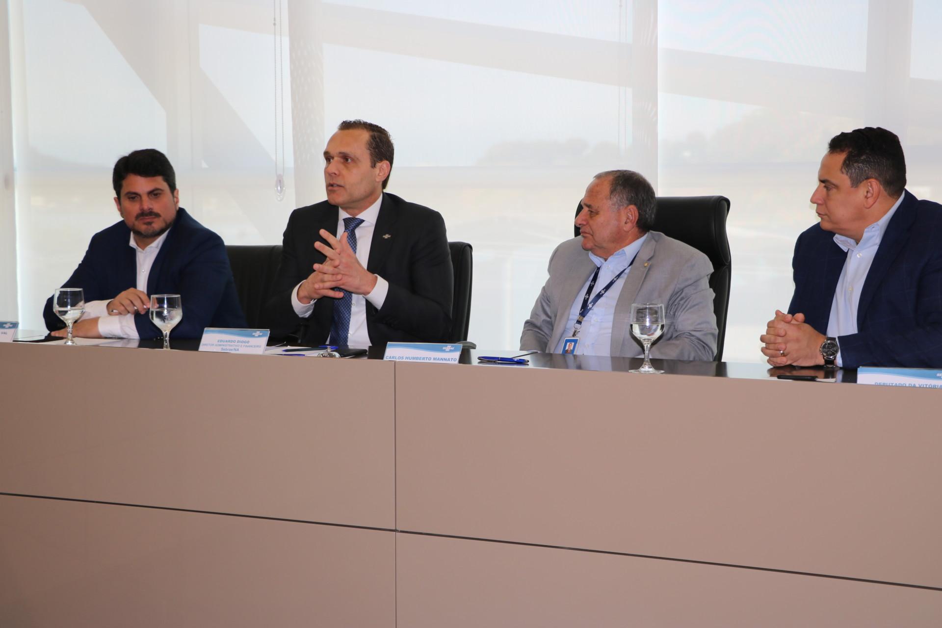 Reunião com Senador Marcos do Val, Deputados e Líderes Empresariais no Sebrae/ES
