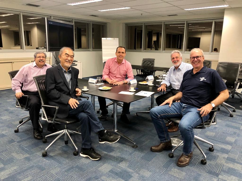 Reunião com a Amana-Key de feedback do encontro com os 694 colaboradores do sistema Sebrae