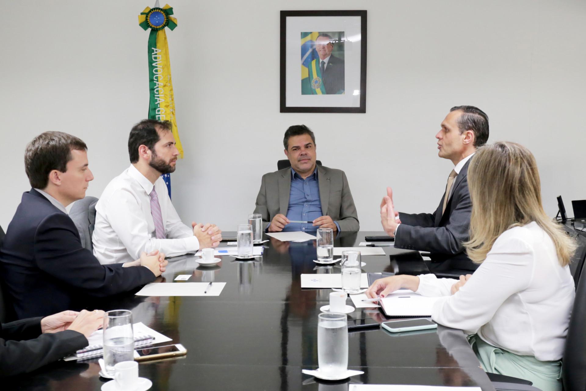Sebrae e Advocacia-Geral da União tratam sobre parceria no sistema Sapiens
